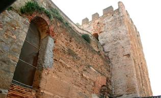 Alfonso IX entra en Cáceres; cae el flanco occidental andalusí