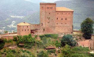 Ricardo Corazón de León es apresado por el asesinato de Conrado de Monferrato