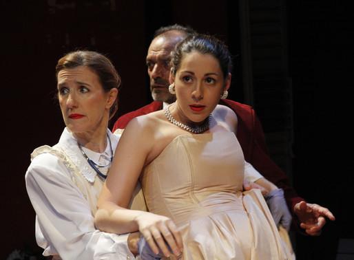 """Se presentó """"La Yegua Muerta"""" en el Teatro del CIC"""