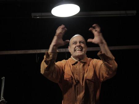 """""""El Ardor"""" de Marcelo D'Andrea en el Teatro del CIC"""