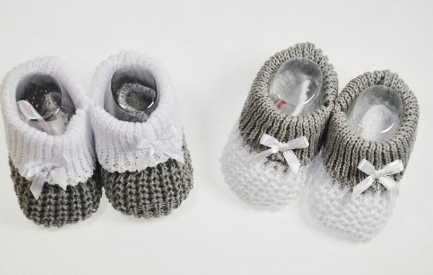KNITTED SOFT TOUCH PINK/WHITE GREY/WHITE BLUE/WHITE COTTON BOOTIES