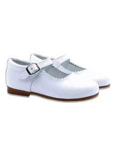 WHITE MARY JANES IN PATENT