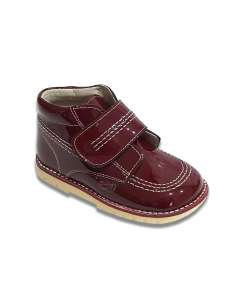 BURGUNDY KICKERS BOOTS IN PATENT.