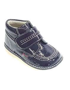 NAVY KICKERS BOOTS IN PATENT.