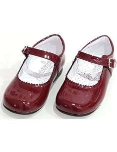 BURGUNDY MARY JANES IN PATENT