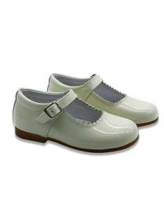 BEIGE MARY JANES IN PATENT