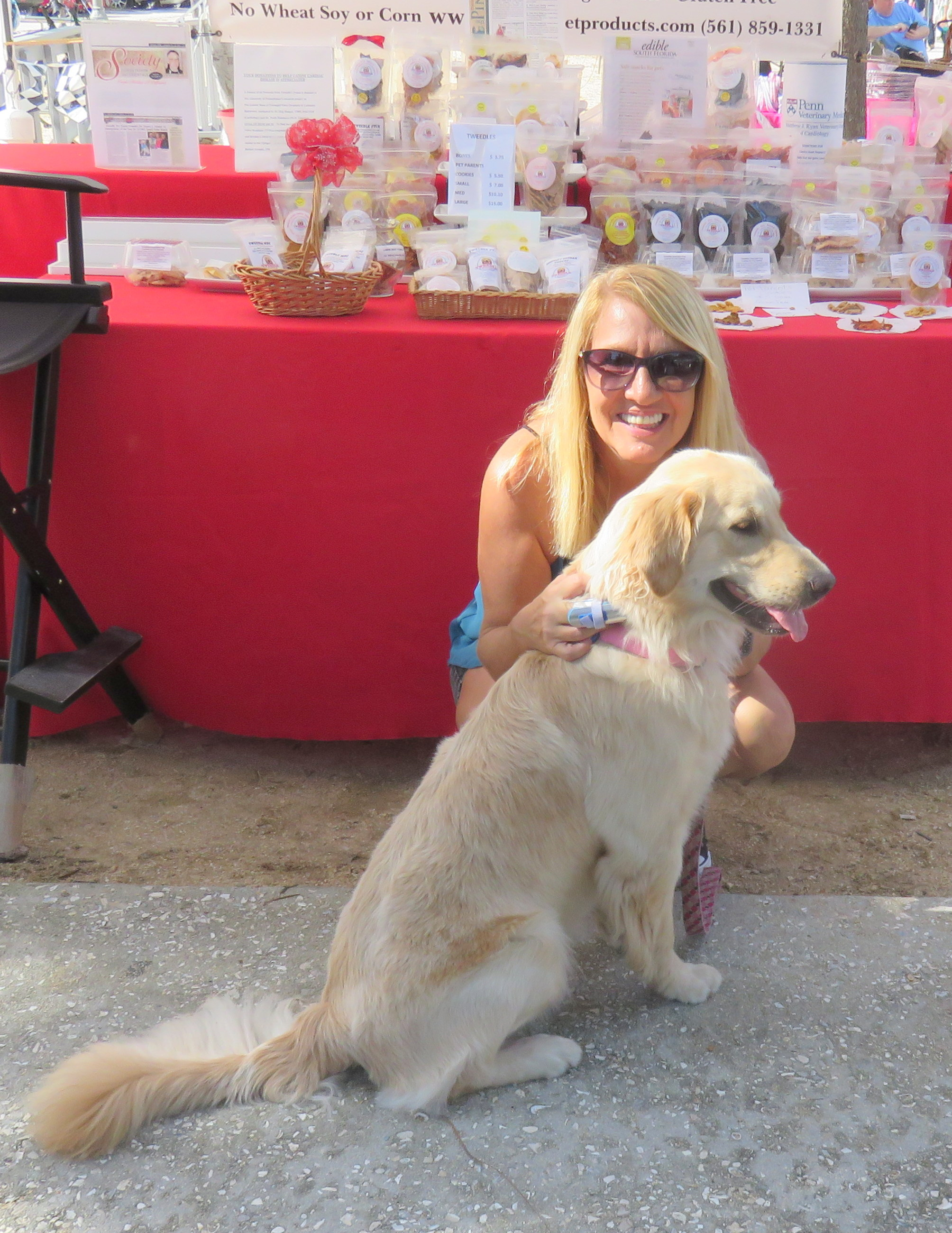 CHAI GOLDEN RETRIEVER AND MOM