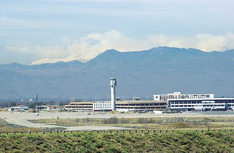 Airport-DemolMtns-2000.jpg