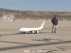 Justin Hall and the Aero Telemetry 747 model just prior to first flight.