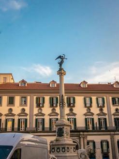Piazza del Martiri. Heart of the _chic_