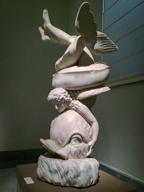 Cool statue discovered in the Roman bath