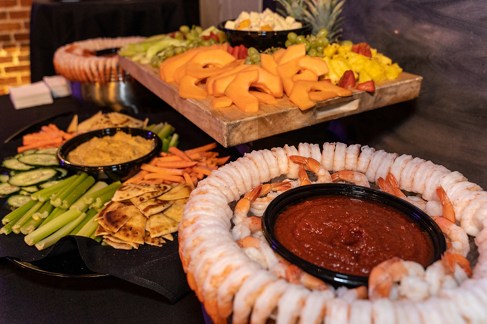 Restaurants with Private Rooms - Denver's Blake Street Tavern has great Buffet options for private dining!