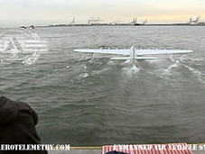 Aviator_SpruceGoose_takeoff.jpg