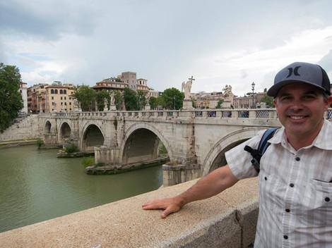 Ponte Vittorio Emanuele II bridge. The b