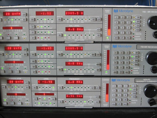 Microdyne 700-MR telemetry receivers with 1620-PC diversity combiner
