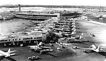 stapleton-airport-1970s-.jpg