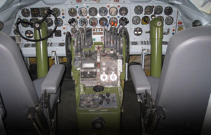 Cockpit_9_blend.jpg