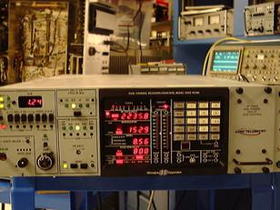 Microdyne R-2800 Telemetry Receiver