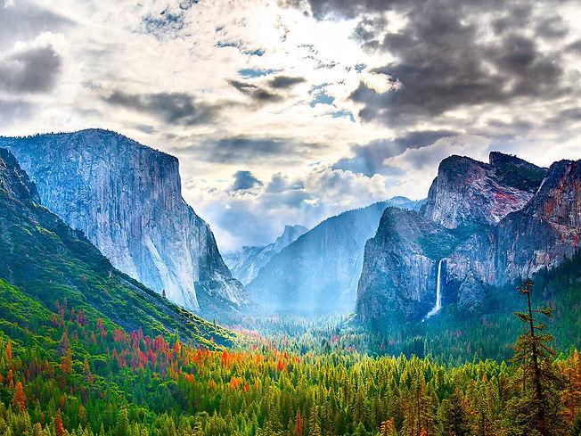Shutterstock-513244762-yosemite-national