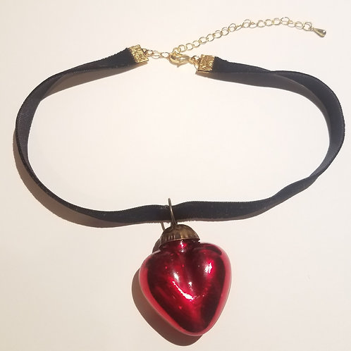 Amor Eterno Choker Necklace