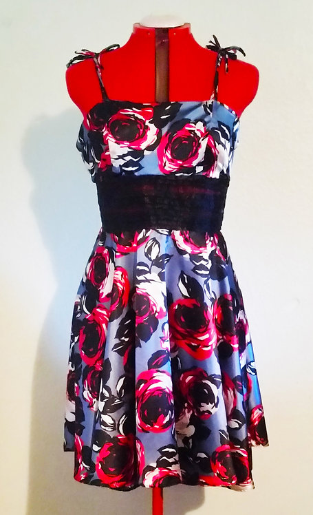 In Bloom Dress in Size Large