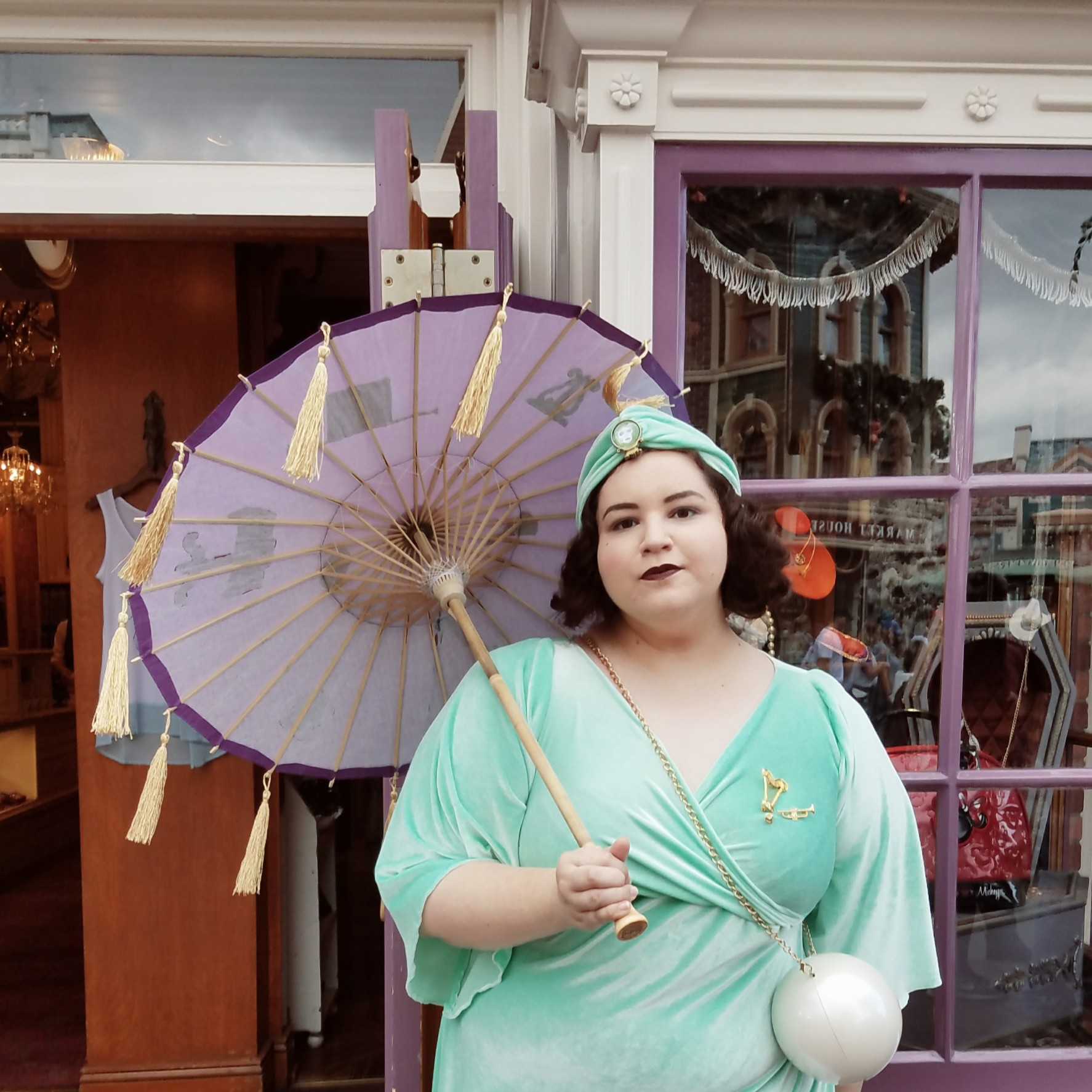 Madame Leota Disneybound
