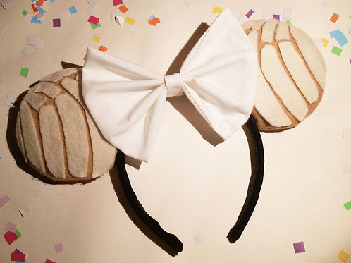Celebracion Ears in Concha Blanca