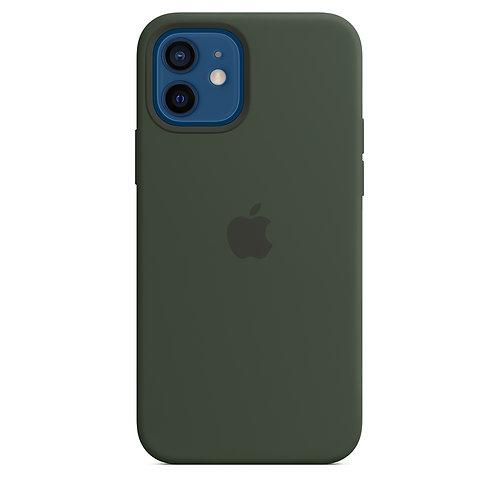 Силиконовый чехол MagSafe для iPhone 12 и iPhone 12 Pro, цвет «кипрский зелёный»