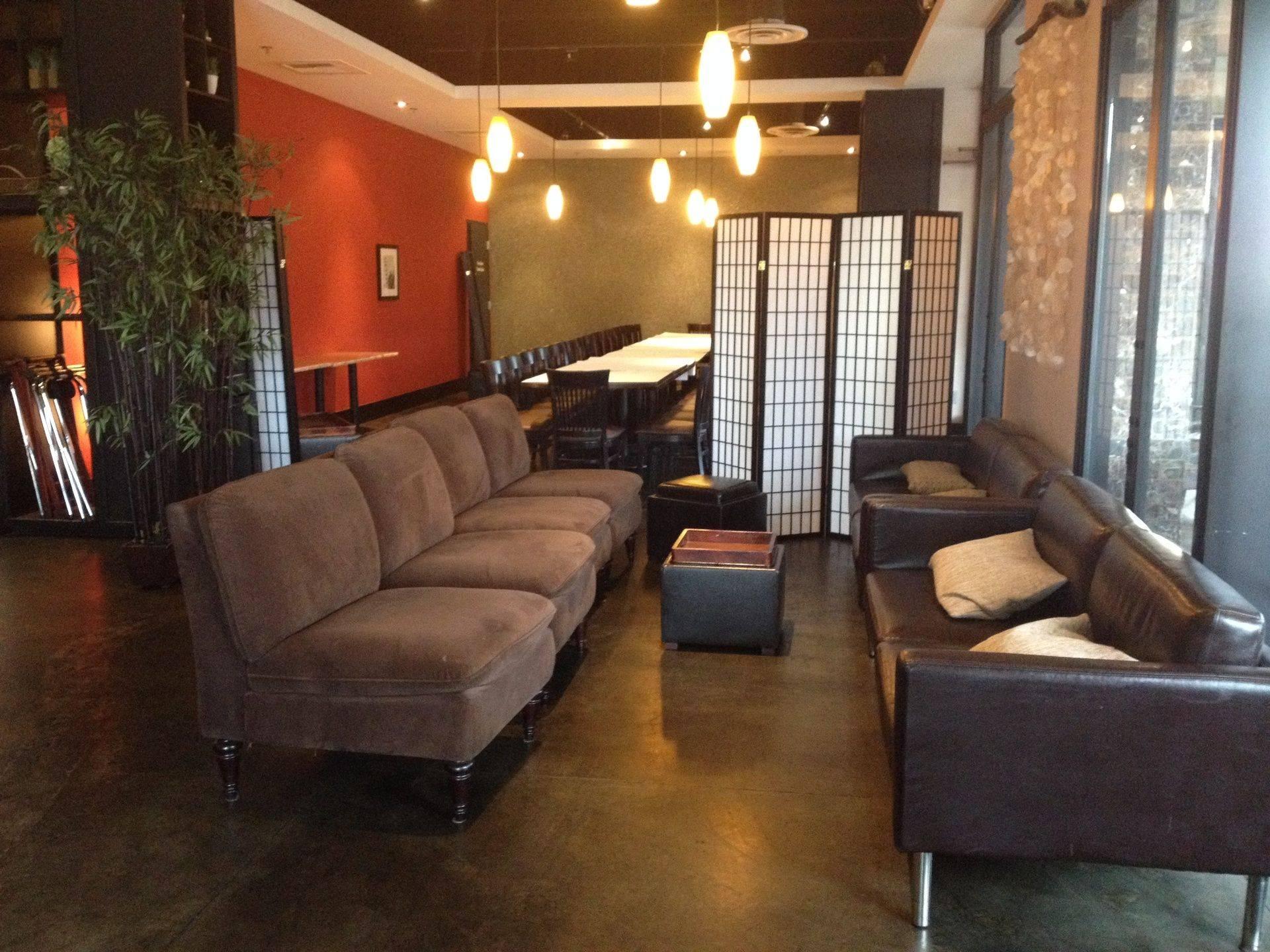 new moon lounge-1