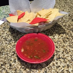las rocas chips and salsa