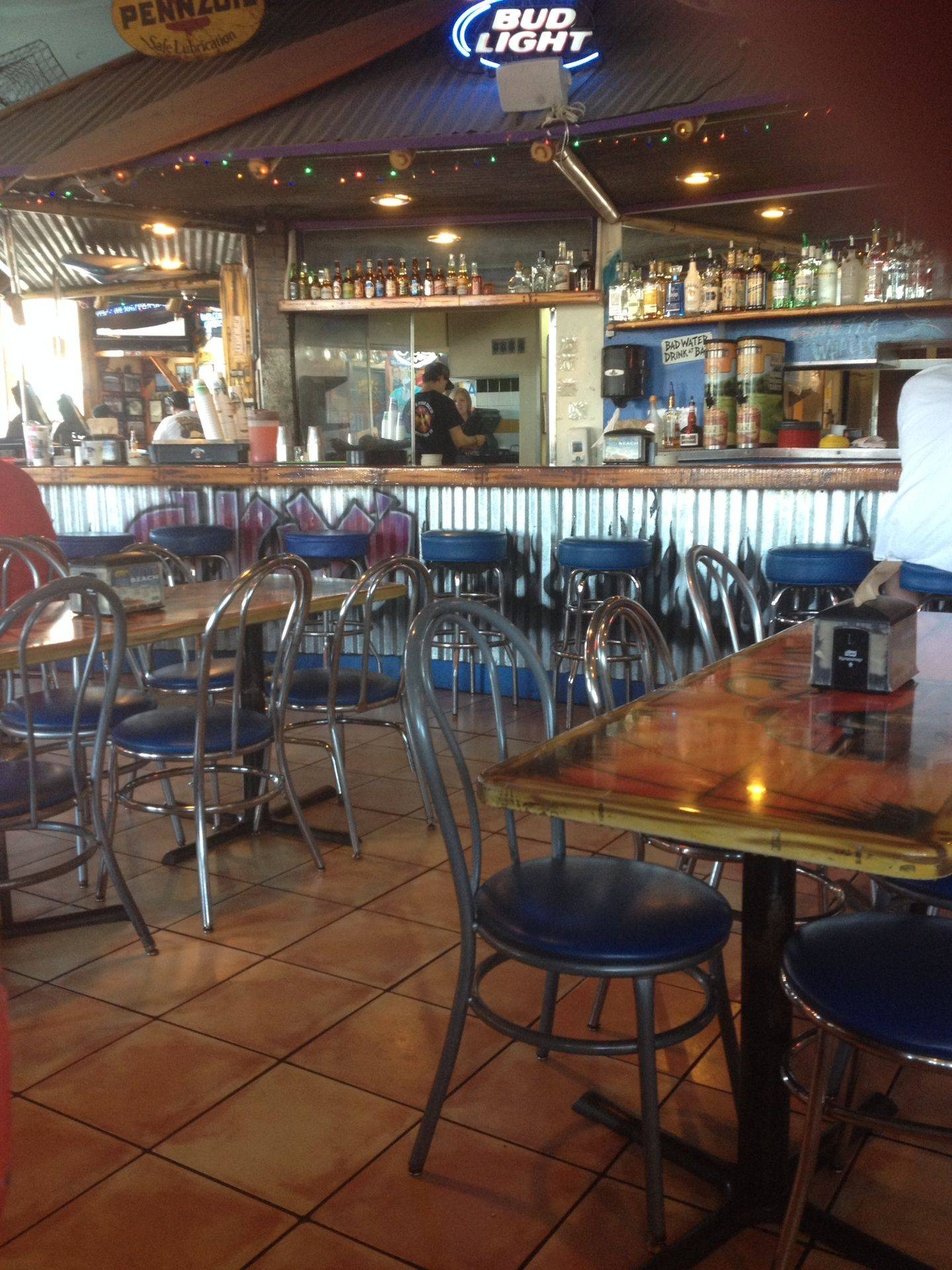 Chuy's Bar