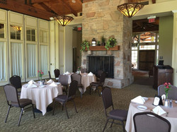 sycamore bar & grill dining
