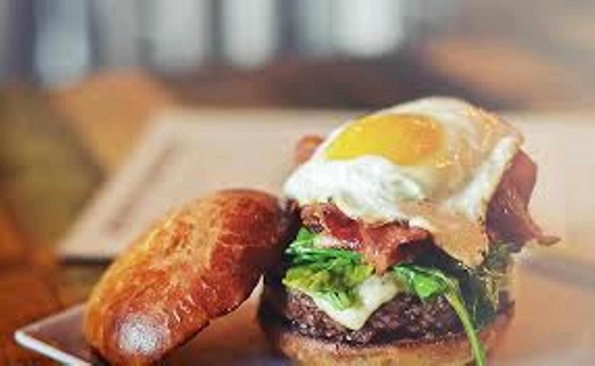 rustic burger egg-2