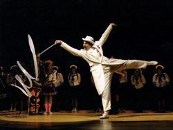 MIKADO, Opera Theater of St. Louis