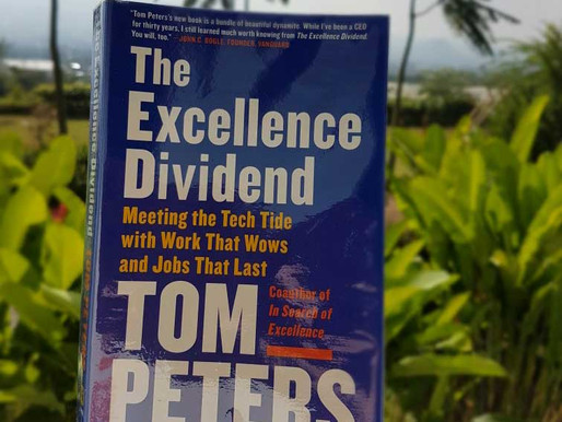 Buku The Excellence Dividend - Tom Peters