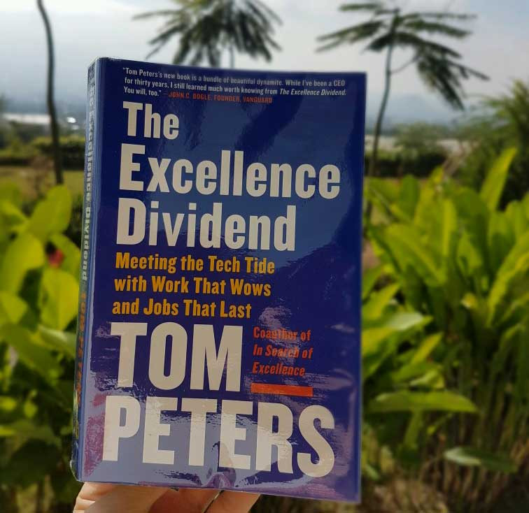 Resensi buku excellence dividend tom peters  - pelatihan training Jimmy Sudirgo