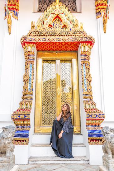 Traveler Photoshoot Wat Pho Bangkok