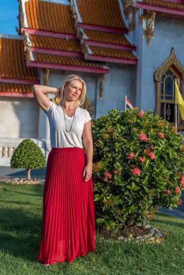 Couple Photoshoot Bangkok Marble Temple