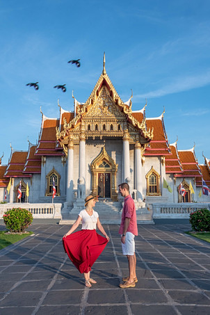 Couple Photoshoot Marble Temple Bangkok