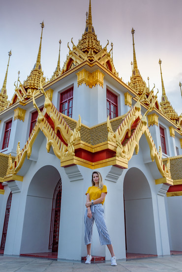 Traveler Photoshoot Wat Ratchandaram Bangkok