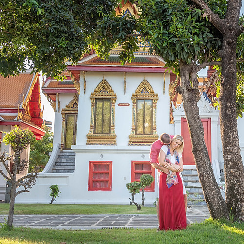 Couple Photoshoot Bangkok Temples