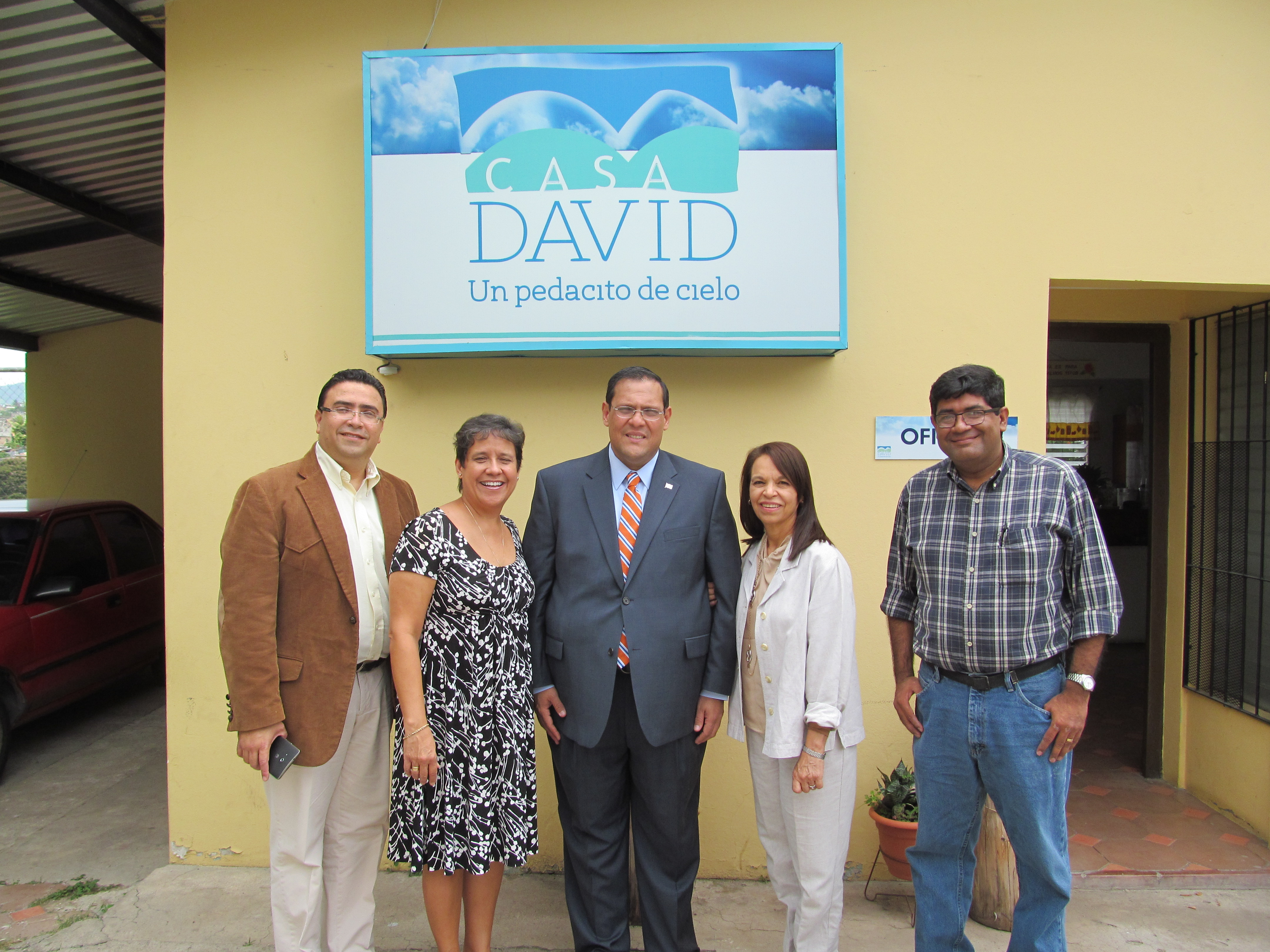 Government official visits Casa Davi