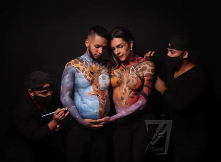 Danna Sultana y su novio se destapan para un body painting en honor a su bebé