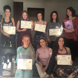 Athina Bailey is a clairvoyant psychic, energy healer and kinesiologist.  Learn Reiki Sydney, Surry Hills, Learn Reiki 1- Reiki Masters, Start energy healing in Sydney. Spiritual Business Coaching Sydney. Soul Aligned Marketing. Manifesting Course. Learn to channel your guides and angels.