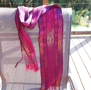 Example: Twill Gamp Scarf