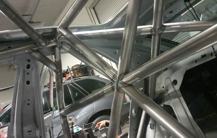 Welded caging (March 2015)