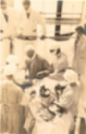 Harvey Cushing en salle d'opération