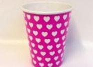 כוס דגם לבבות ורוד לבן