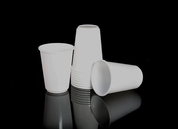 כוס לשתיה קרה לבנה