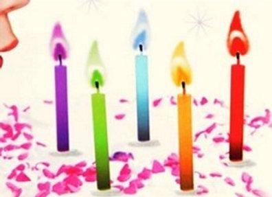 נרות עם להבה צבעונית